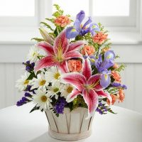 The Wondrous Nature Bouquet is a floral crown for you - Same Day Delivery anywhere in GTA - Toronto flower delivery - Flower delivery Etobicoke - 10% Off – Yonge flower shop – Florists near me.