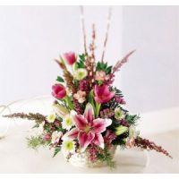 Memorial flowers-Basket of stars is best anniversary gift..