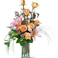 Roses and Lily bouquet - Same Day Delivery in GTA.- Flower delivery Richmond Hill. Buy Now and get 10% OFF - Yonge flower shop. Florists Richmond Hill – Florists near me. Florists Canada.