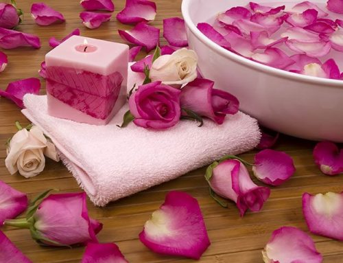 How to Use Rose Petals in Many Different Ways