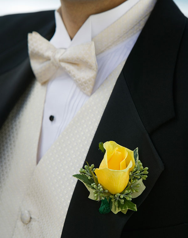 Everything You Need To Know About Boutonniere Flowers
