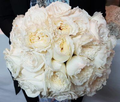 white roses bridal